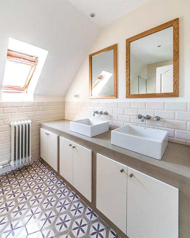 Ванная в скандинавском стиле - выглядит просто, но таковой не является