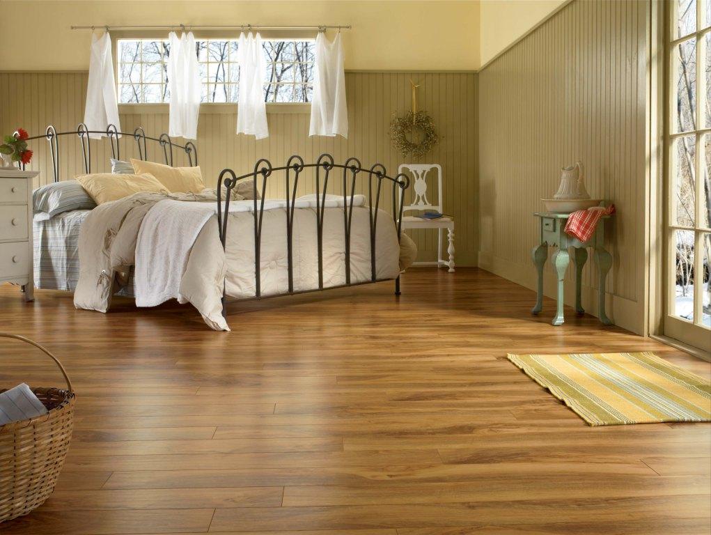 Какой ламинат лучше выбрать для квартиры + отзывы и советы профессионалов