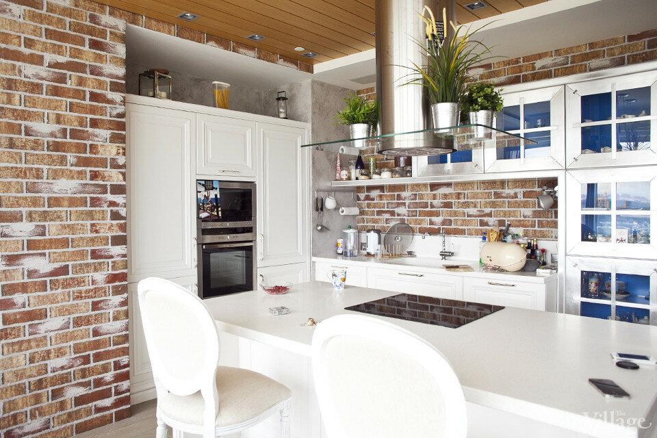 Кирпичная кухня – стильные и современные идеи оформления в виде кладки (90 фото)