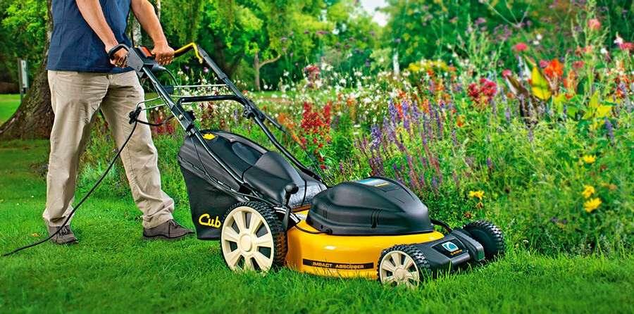 Как выбрать газонокосилку для дачи и сада