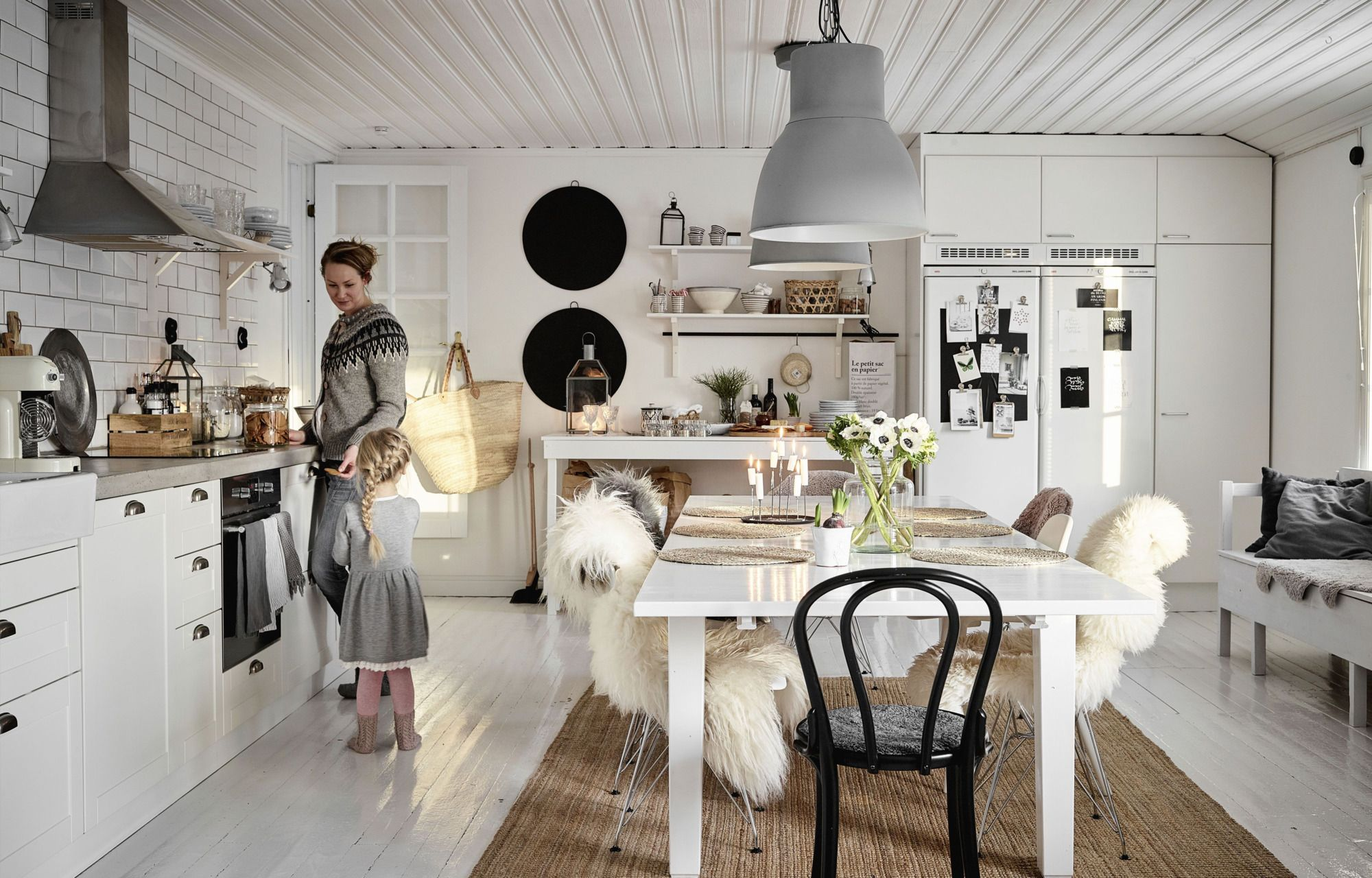 Скандинавский стиль в интерьере загородного дома: 75 идей дизайна