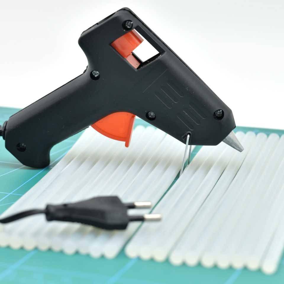 Как заправить клеевой пистолет. как выбрать клеевой термопистолет - советы и рекомендации