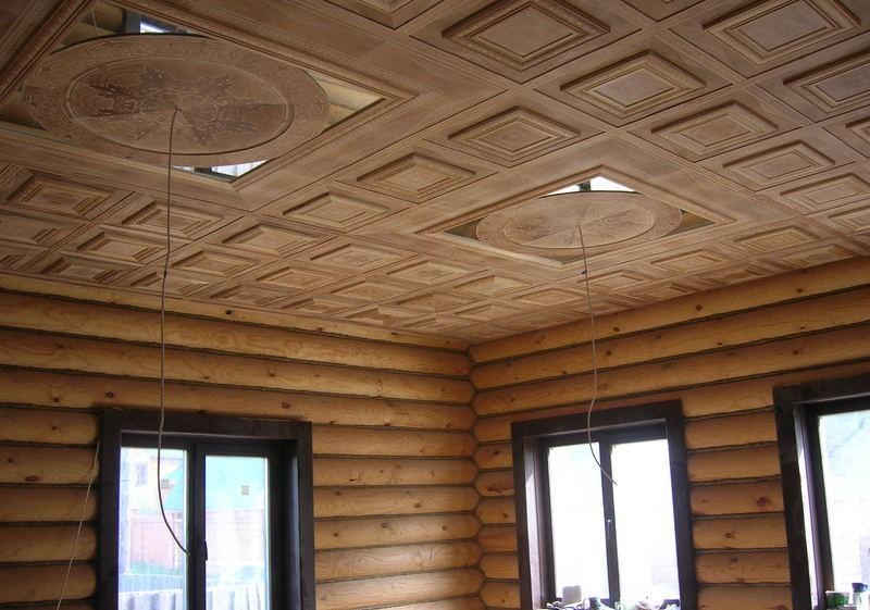 Какой лучше потолок сделать в квартире и современная отделка деревом