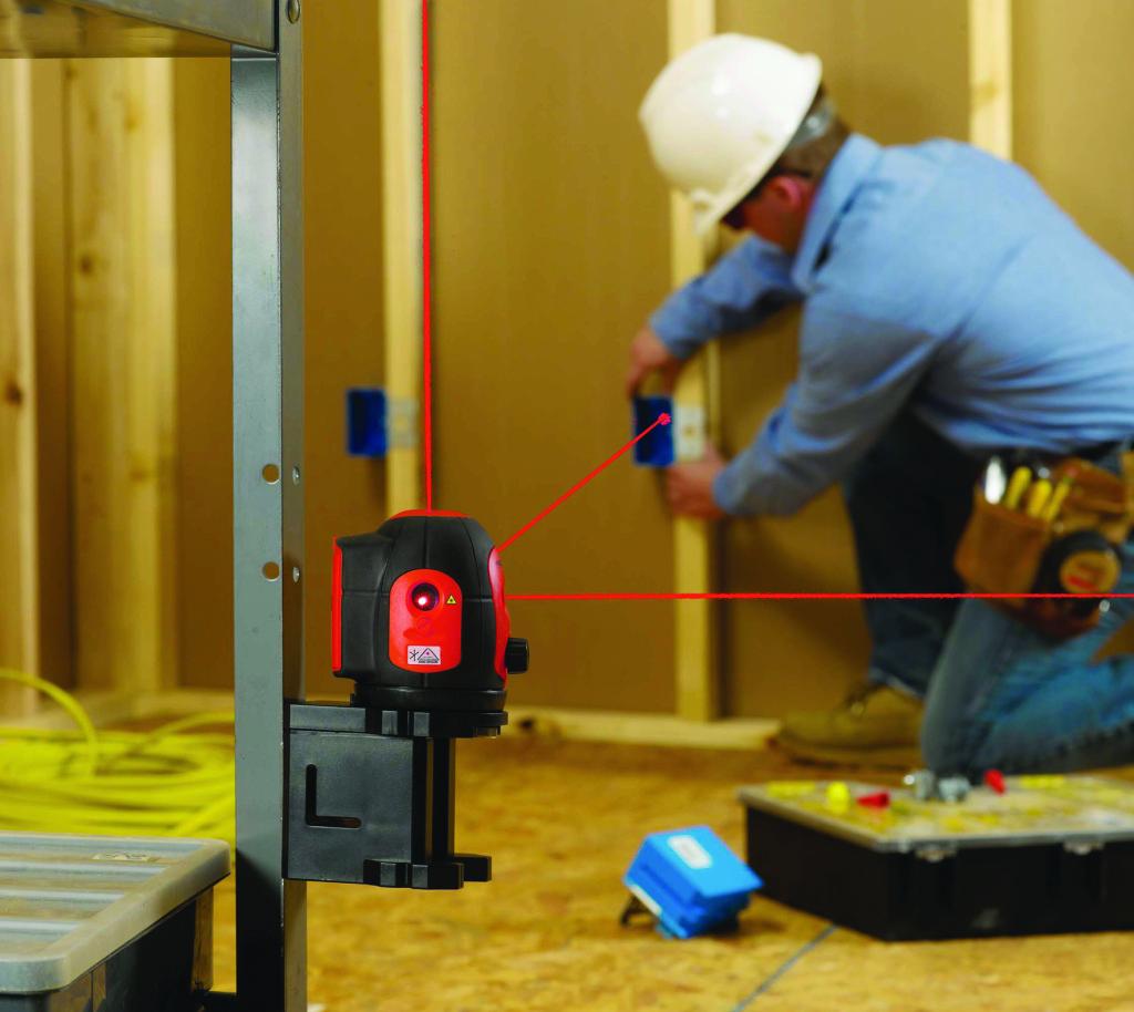 Как пользоваться лазерным уровнем: инструкция