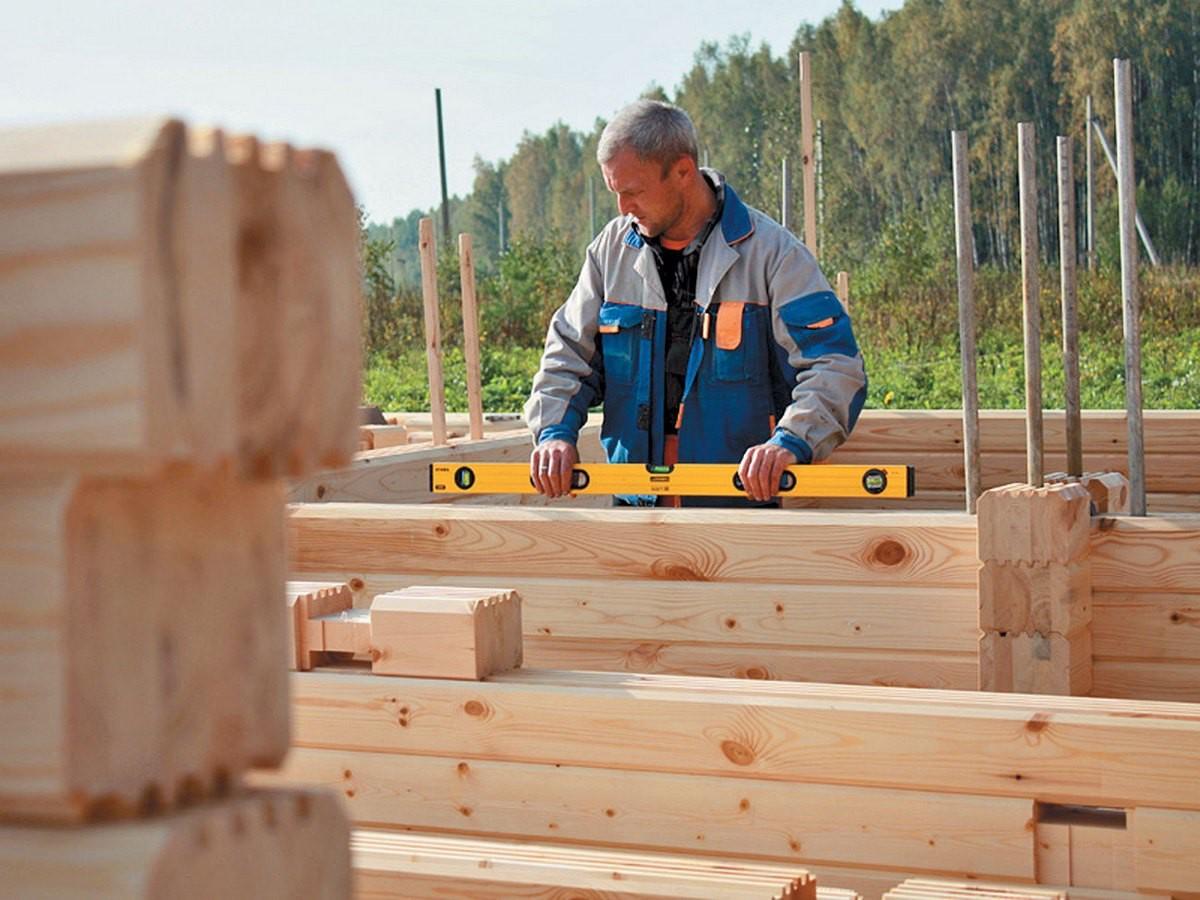 Какой вид бруса выбрать для строительства дома?