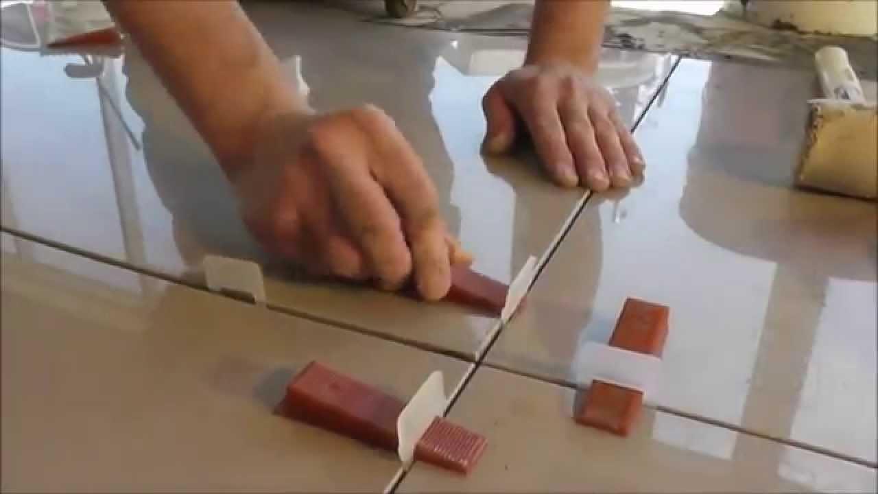 Что лучше керамогранит или керамическая плитка: особенности и отличия