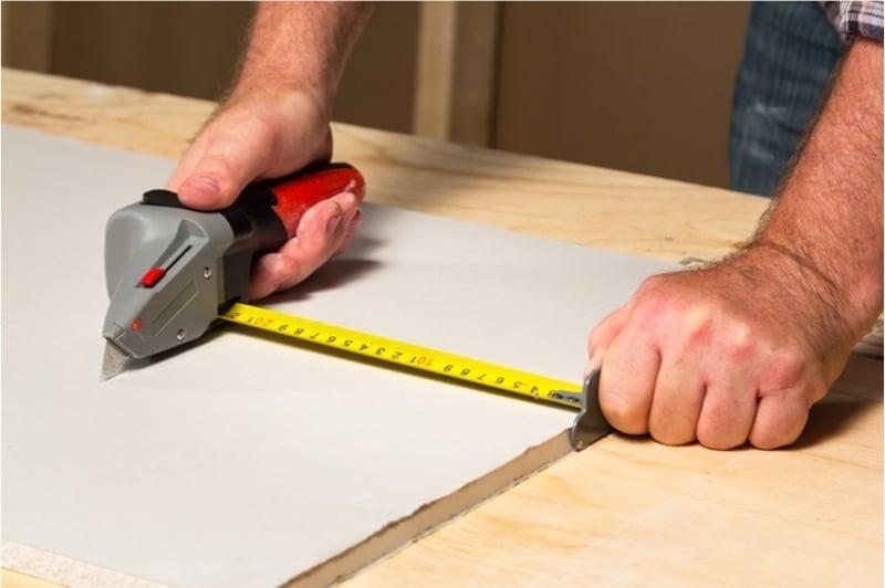 Как резать гипсокартон? резка в домашних условиях, как правильно отрезать, как резать и чем пилить гипсокартон