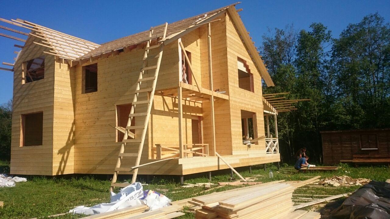 Деревянный дом: каркасный или из бруса?