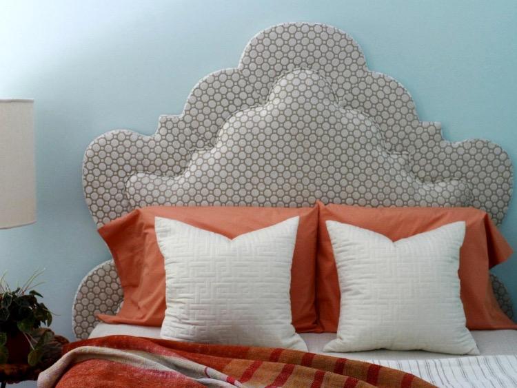 Изголовье кровати своими руками – красивые и необычные варианты